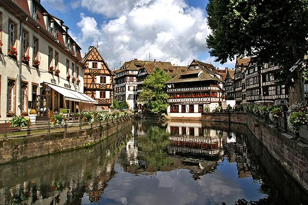 cheap hotel in Strasbourg on the Big Island historic center of Strasbourg